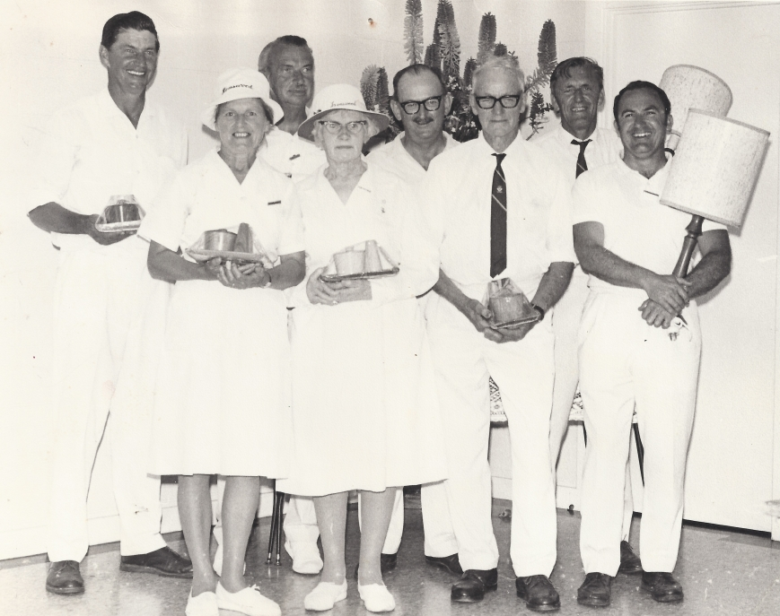 Lenswood Bowling Club members.